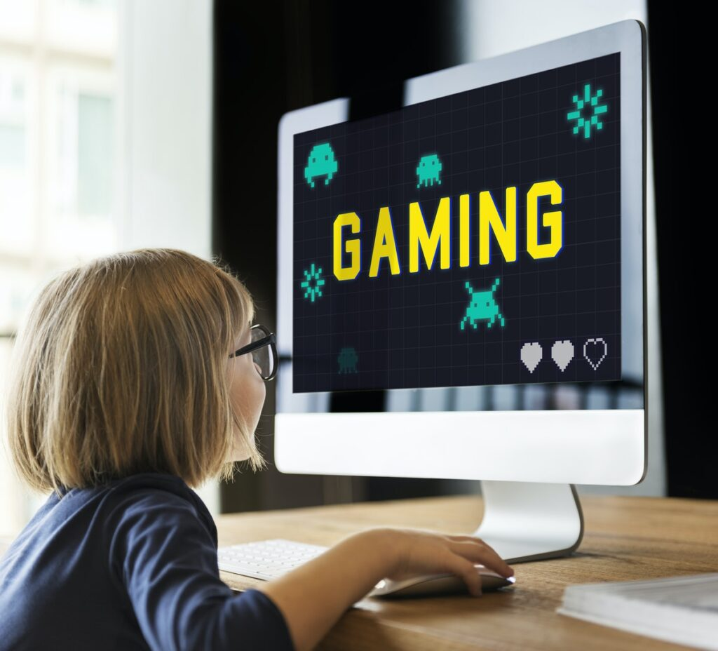 earn money on game play streaming